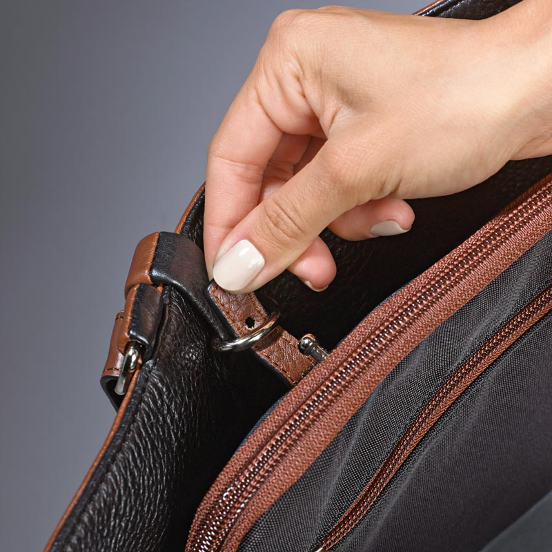 Your Bag, Your Way, Interior Latch