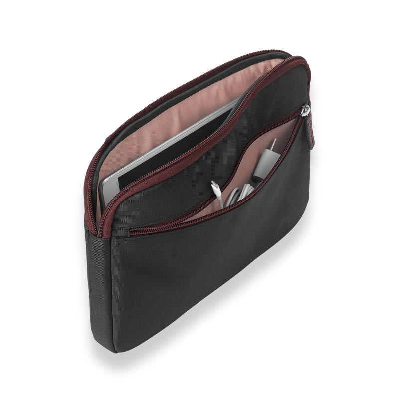 Your Bag, Your Way Tablet Sleeve, Black/Oxblood