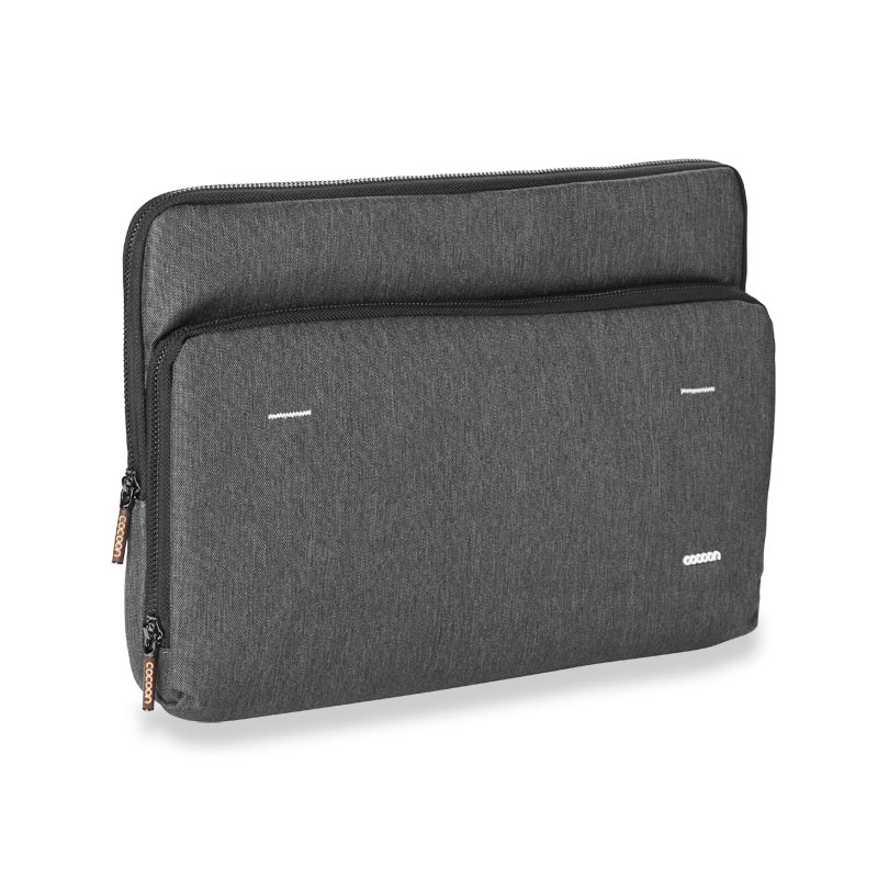"Cocoon Graphite 15"" Macbook Pro® Retina Sleeve"