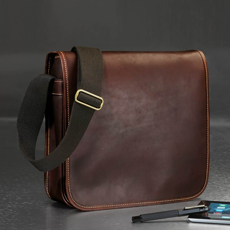 Tusting Slim Messenger