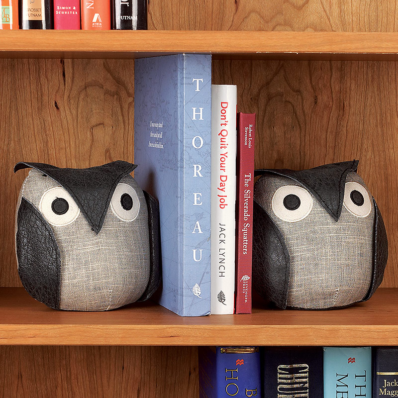 Who's Hoo Owl Bookends (Set of 2)