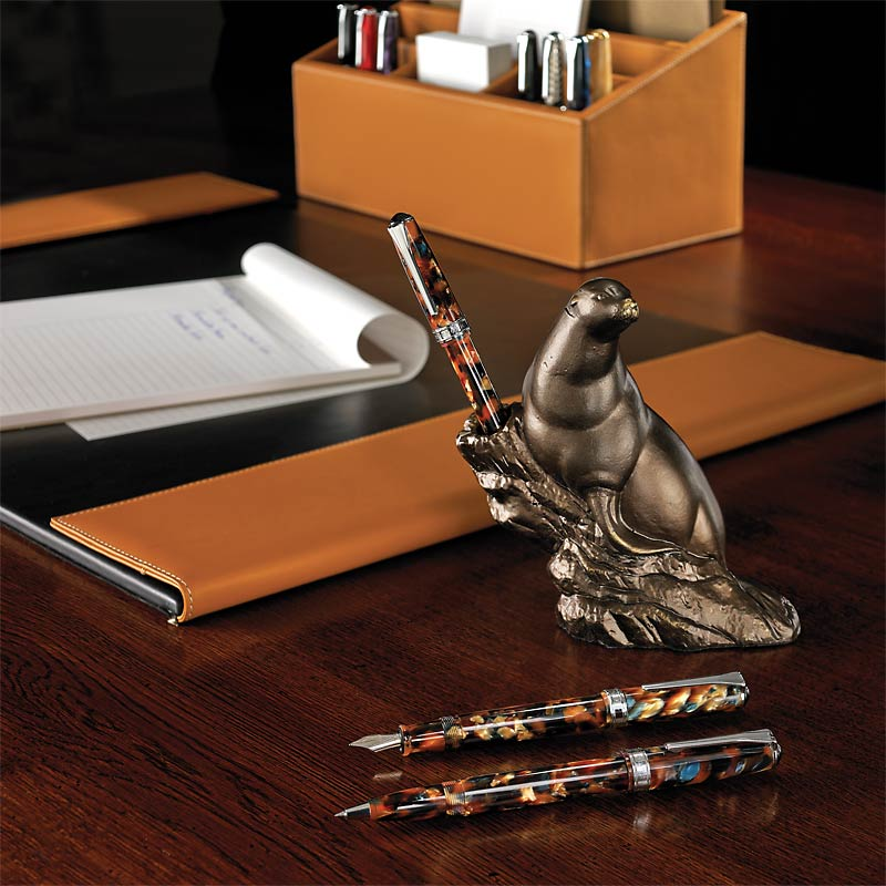 Bronze Seal Pen Stand