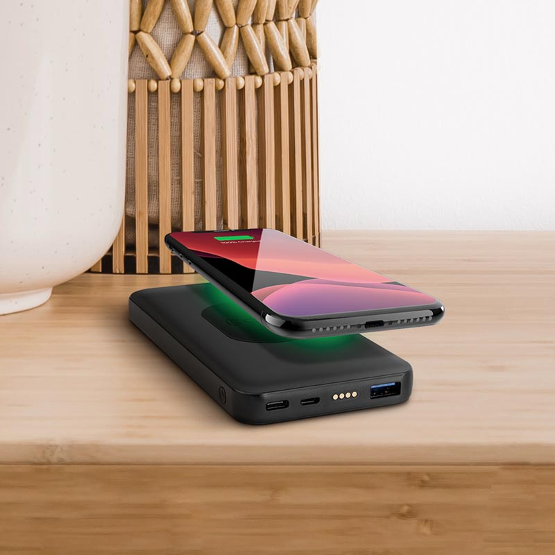 2-in-1 Fast Charge Dock and Wireless Power Bank