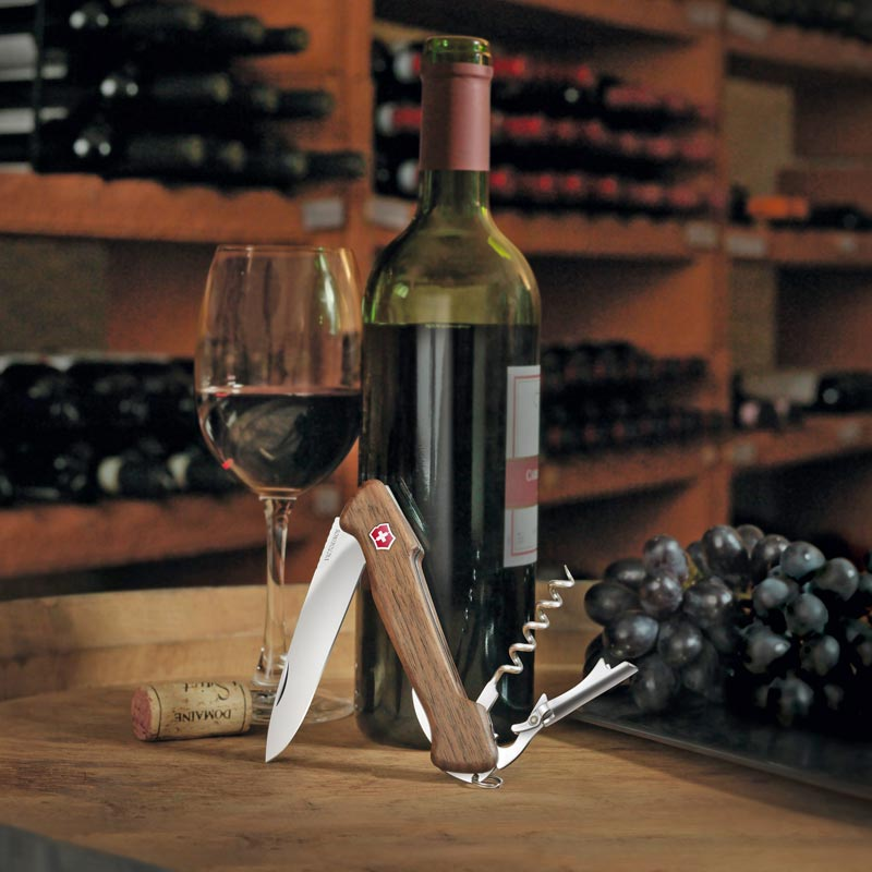 Wine Master with Pouch
