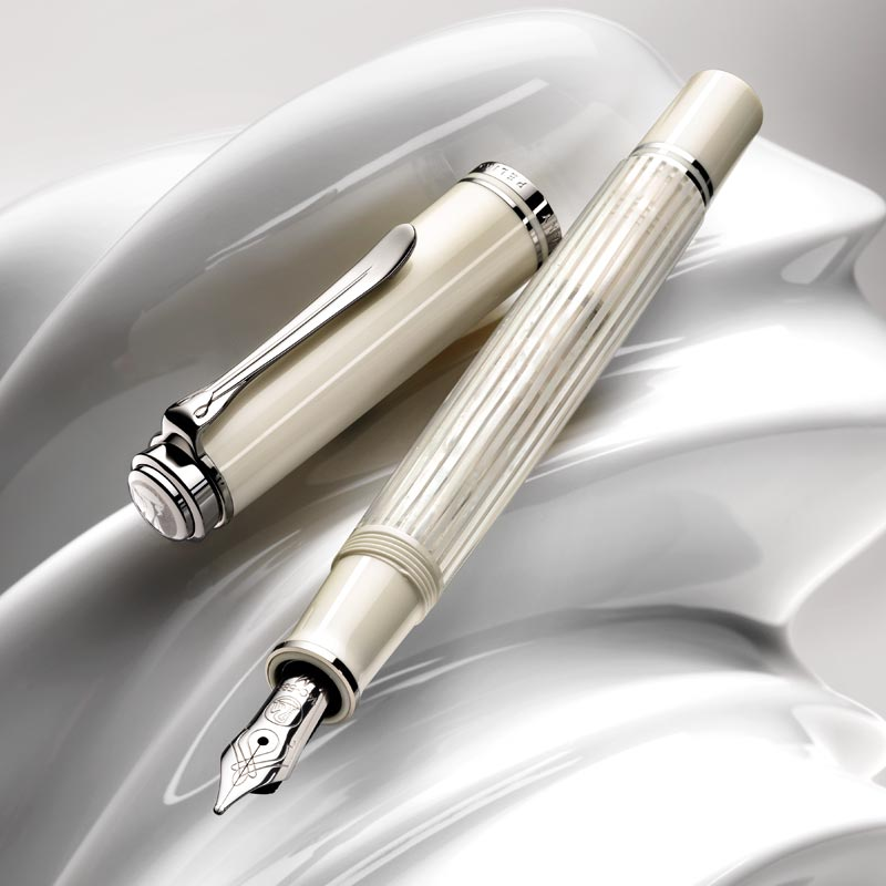 Pelikan Souveran M605 White Transparent Fountain Pen